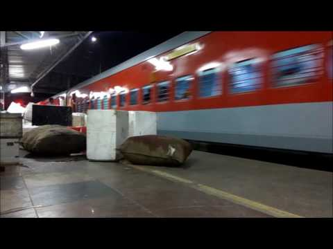 PANDIAN EXPRESS with MODERN LHB COACHES : 12637 DEPARTS FROM CHENNAI EGMORE : INDIAN RAILWAYS