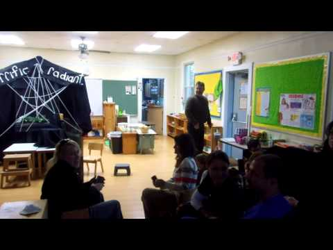 Pleasant Hills Montessori School Charlotte's Web short play - 1