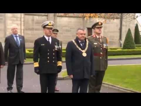 Inauguration du mémorial France-Irlande le 13 novembre 2016 au cimetière de Glasnevin à Dublin