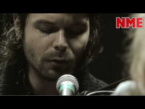 Biffy Clyro - 'Many Of Horror' NME Radio Session