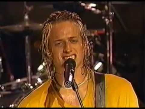 Fuel - Hemorrhage (In My Hands) Live