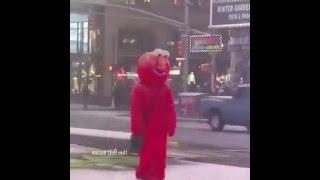 Elmo vine : Hello darkness my old friend