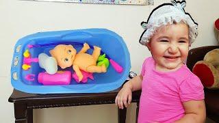 Super Celina Playing Wash and Cleaning Toys - سوبر سيلينا وحسونة تغسل اللعبة للاطفال