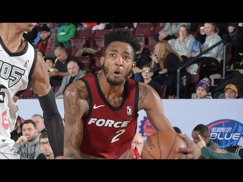 Derrick Jones Jr. Posts 30 points & 10 rebounds vs. Raptors 905