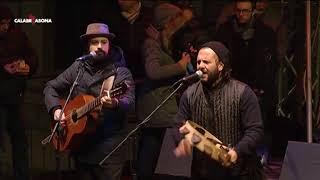 Giancarlo Paglialunga (già Canzoniere Grecanico) - Live Castrovillari - CalabriaSonaMusicChannel