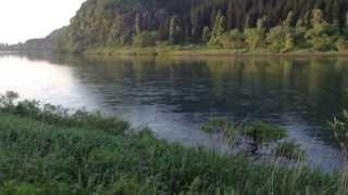 朝4:00の映像です。水が多いせいか遊漁者はすくないです。 仙北中央漁業...