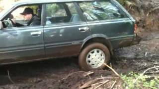 Video Subaru GL 4WD in Capitol Forest download MP3, 3GP, MP4, WEBM, AVI, FLV Oktober 2018