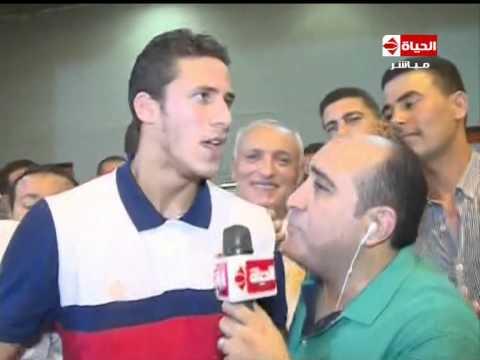 فيديو -  اعتذار رمضان صبحي لجمهور الزمالك عن لقطة وقوفه على الكرة
