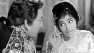 Nazar Meri Badhi Idhar Se - Rustom-e-hind (1965)
