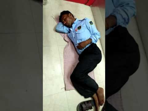 Security guard sleeping on duty at Union Bank ATM in Noida