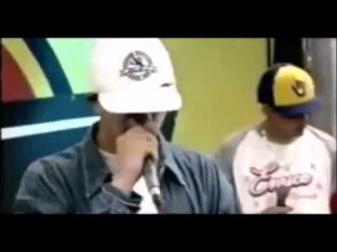 consentido-cejas-negras-(fondo-blanco)-video