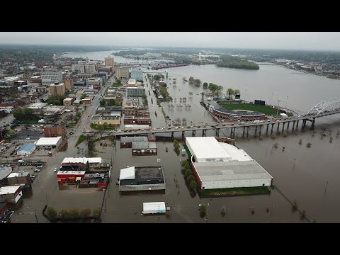 Debbie McFadden - LATEST: Mississippi River Flood Tops 1993 Mark