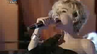 Gülşen - Yapamazsan Yok (Performans)