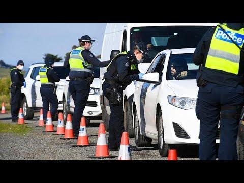 شاهد: مدينة ملبورن الأسترالية تدخل في عزلة ثانية بعد اكتشاف إصابات جديدة بكورونا…  - نشر قبل 20 ساعة
