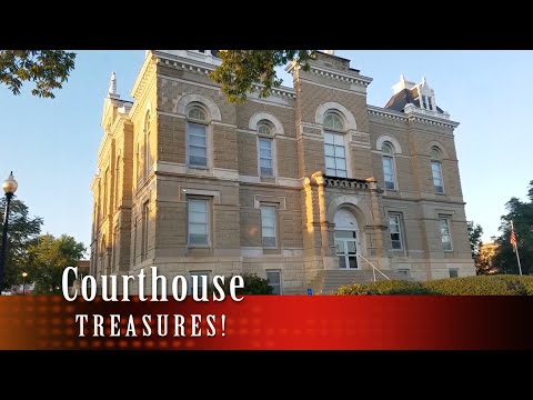 Metal Detecting an old Courthouse!