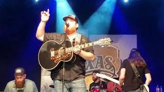 Luke Combs Hurricane at Billy Bob's Texas 11.4.17