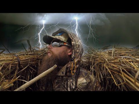 Bad Weather Means Good Duck Hunting | California Duck Hunt 4 Man Limits