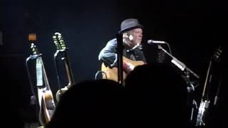 Neil Young-Orpheum-Like a Hurricane-2019