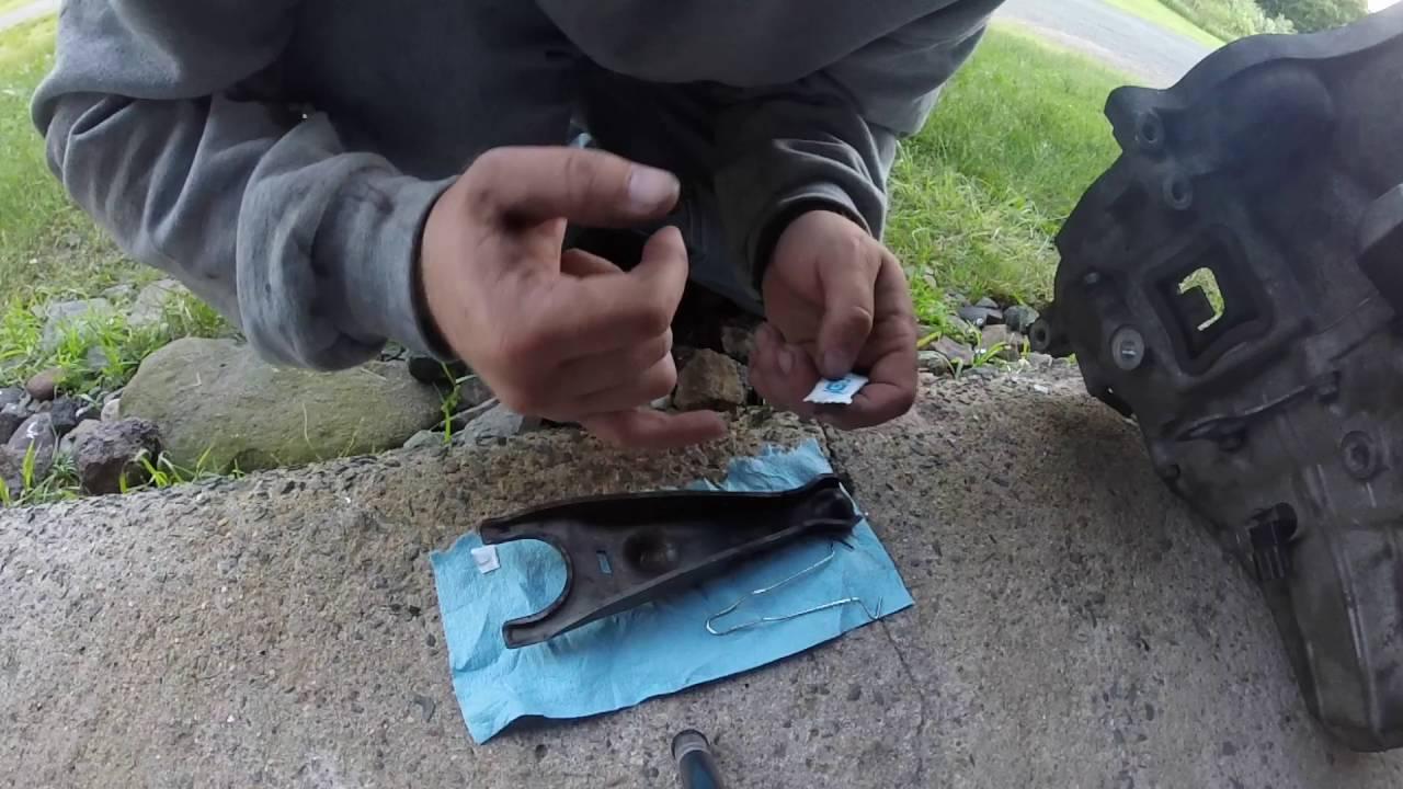 DIY 8th Gen Civic Si Throwout Bearing/Release Bearing Install Part - 7  Clutch Job