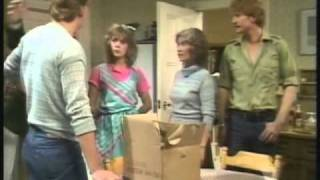 Martin Clunes - No Place Like Home - 1983 ep 2 part 1