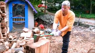 A good method for splitting Elm with just a splitting maul !