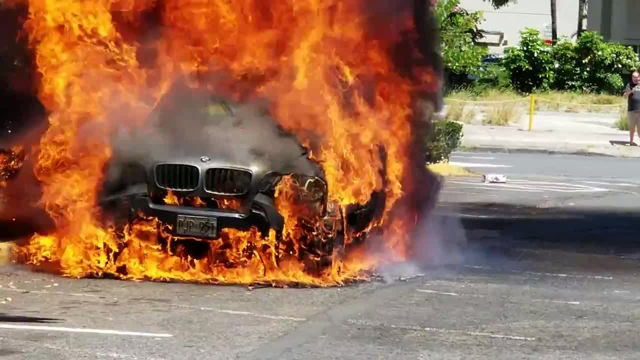 Car erupts in flames - YouTube