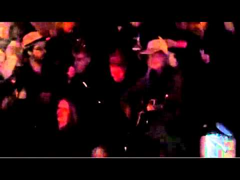 Pete Seeger and Occupy Wall Street Sing 'We Shall Overcome' at Columbus Circle (10/21/11)