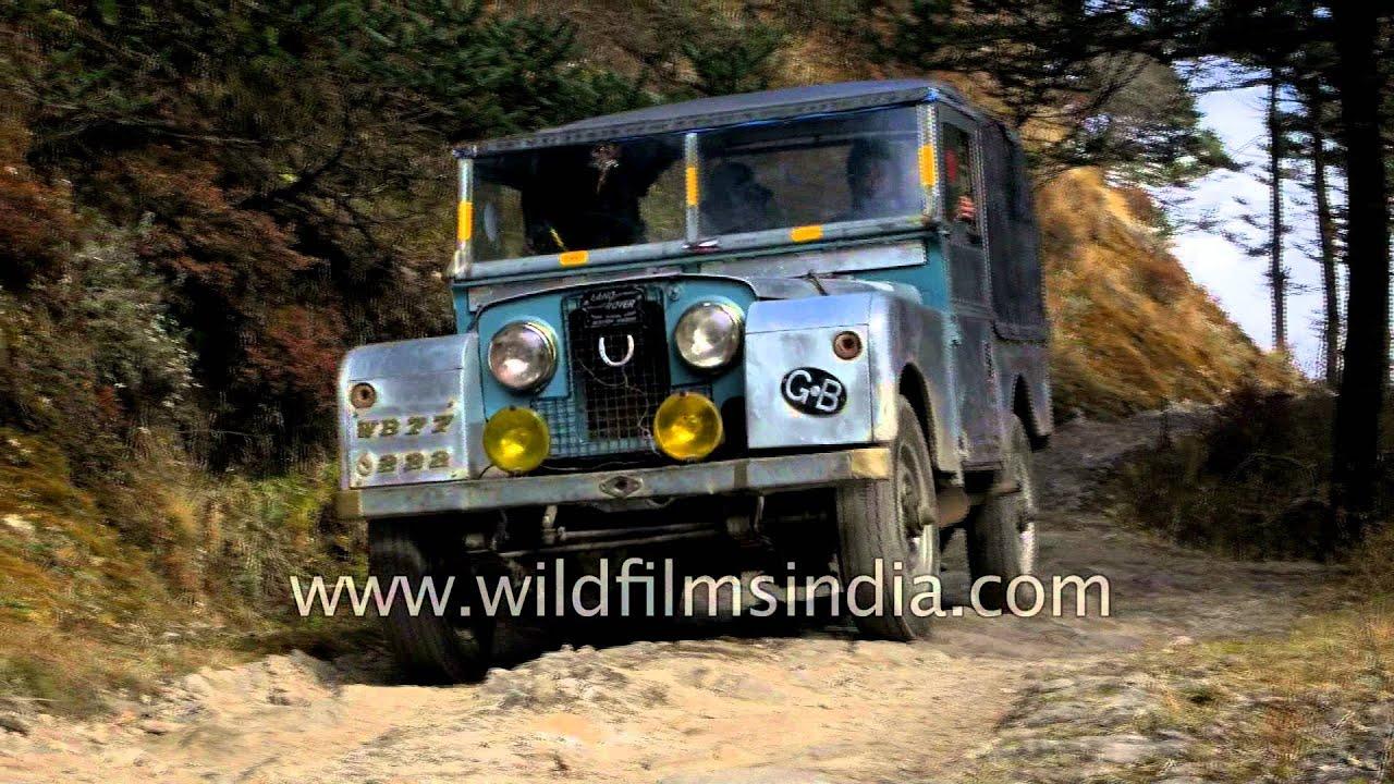Land Rover safari from Maneybhanjang to Sandakphu West Bengal