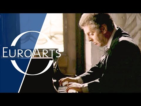 Barenboim: Beethoven - Sonata No. 4 in E-flat major, Op. 7