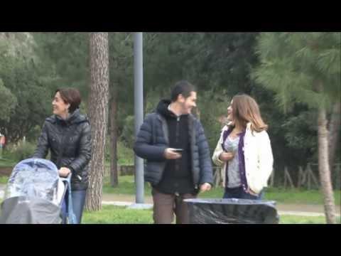 Scherzo Uomo Cespuglio a Napoli - Frank e Cerrone