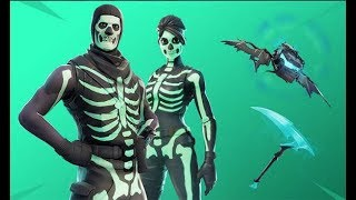 SKULL TROOPER IN THE SHOP!!! IS IT WORTH BUYING? FORTNITE + GIVEAWAY FOR SKULL TROOPER