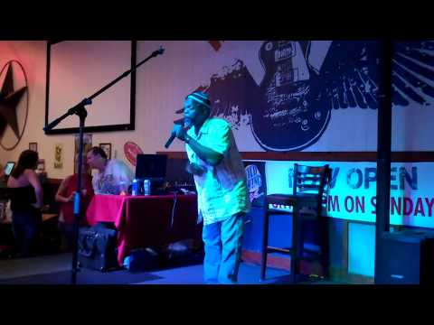"Leo Davis sings ""Let's Get It On""  8-1-2017"