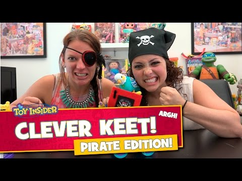 Little Live Pets Clever Keet on Talk Like a Pirate Day!