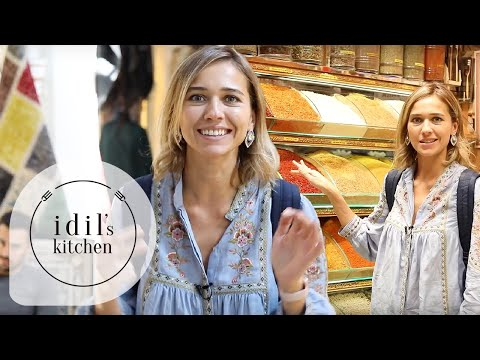 Grand Bazaar 🇹🇷 Turkish Street Food 🥨 Istanbul Spice Market 🌰🍯