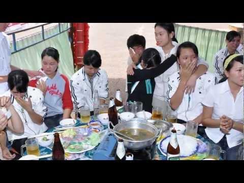 Lop 12@8 Truong THPT Phan Chu Trinh Eahleo DakLak.avi