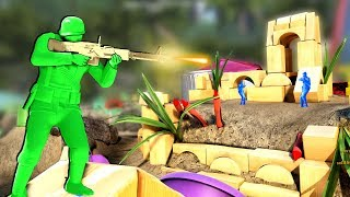 Green Army Men Attack a Massive Beach Fort in This Toy Soldiers Game!
