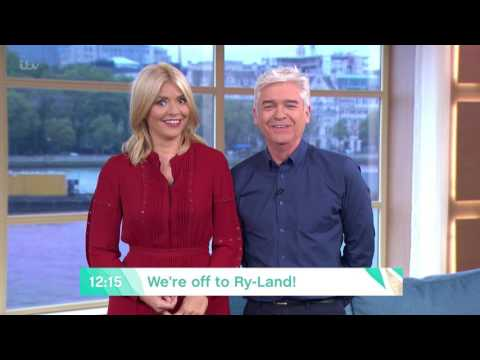 Rylan Learns How To Paint With Pricasso | This Morning