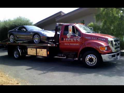Luckys Auto Transport Display