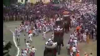 World famous bharat milap...Nati Imli Varanasi 2013