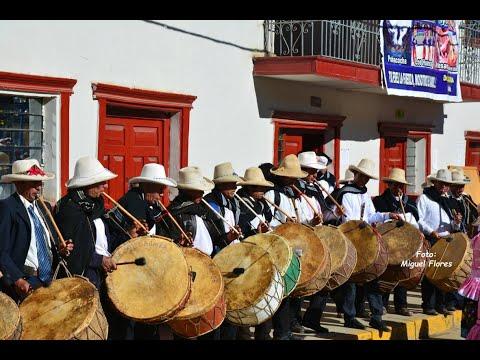 Junqueras es recibido con aplausos por los vecinos de su pueblo from YouTube · Duration:  2 minutes 25 seconds