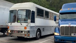 Eagle bus 10 yrs off the road comes to its new home.