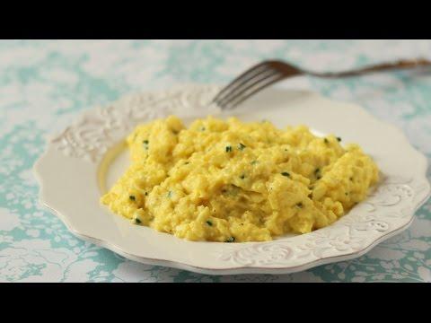 Scrambled Eggs (creamy On High Heat!)