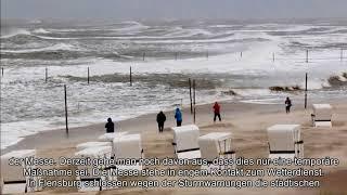 Vom Baugerüst erschlagen Orkan