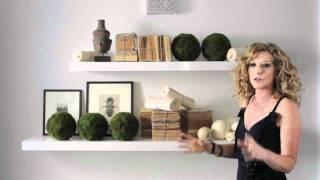 Kelly Hoppen : Simple Organic Shelves Design