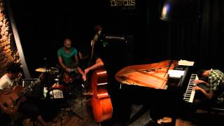 "Kursad Deniz Trio ""Stella by Starlight"""