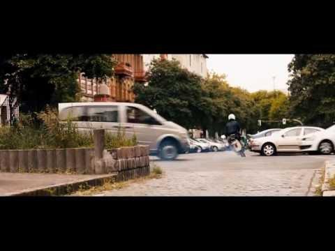 Großstadtklein - Trailer (Tobias Wiemann mit Jacob Matschenz, Tobias Moretti)