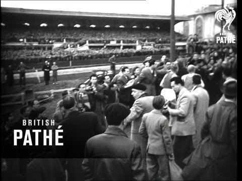 Zatopek Wins 10,000 Metres In Paris (1954)