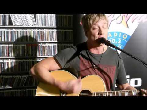 Sunrise Avenue - Lifesaver live (unplugged)