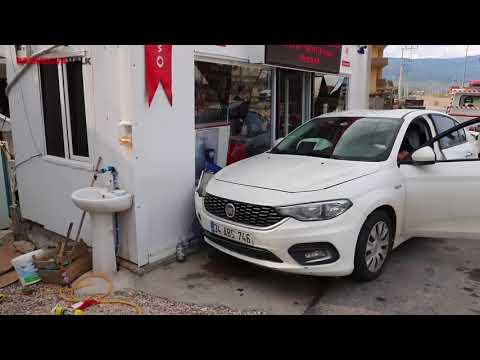 Pamukova Mekece trafik ışıklarında kaza 4 yaralı
