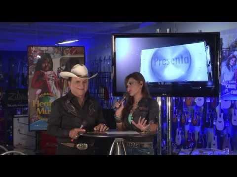 Johnny Canales y Nora Canales Grupo Combinacion Norteña